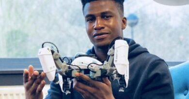 Highest Paid Robotic Engenier- 26 Year Old Nigerian    Monday Motivation